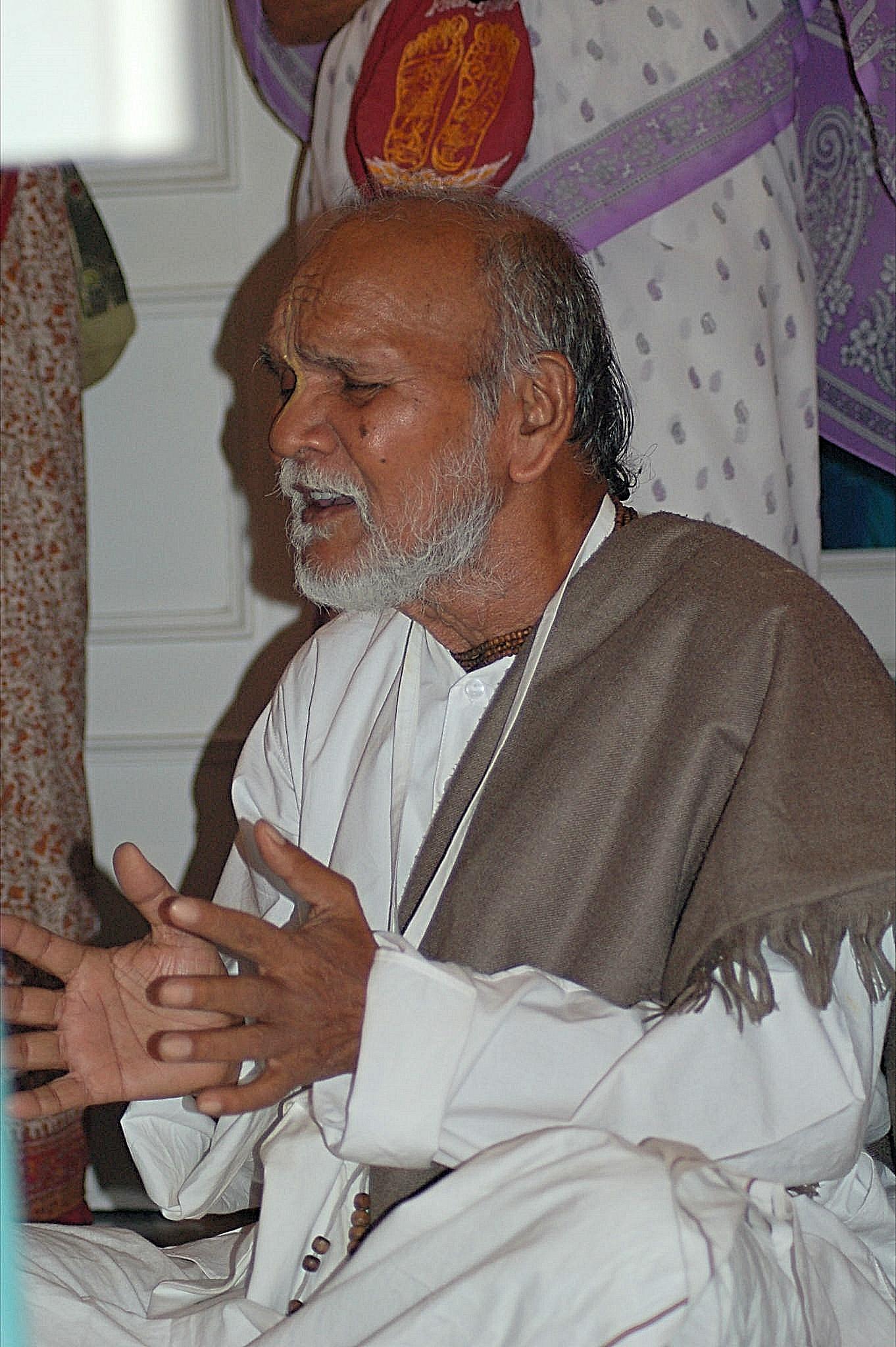 Sripada Fakir Mohan Mahasaya at a house program