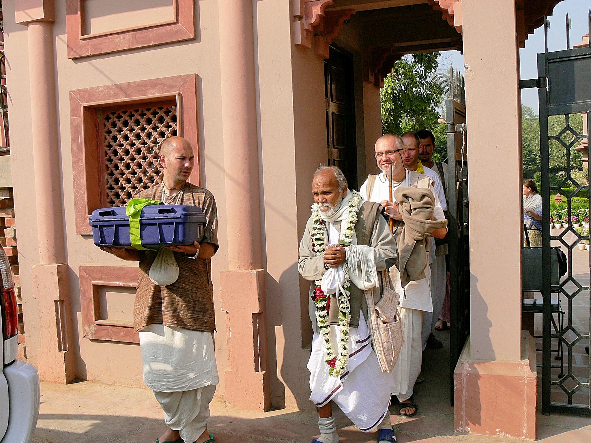 Radha Madhava and Fakir Mohan Mahasaya returning to Odisha